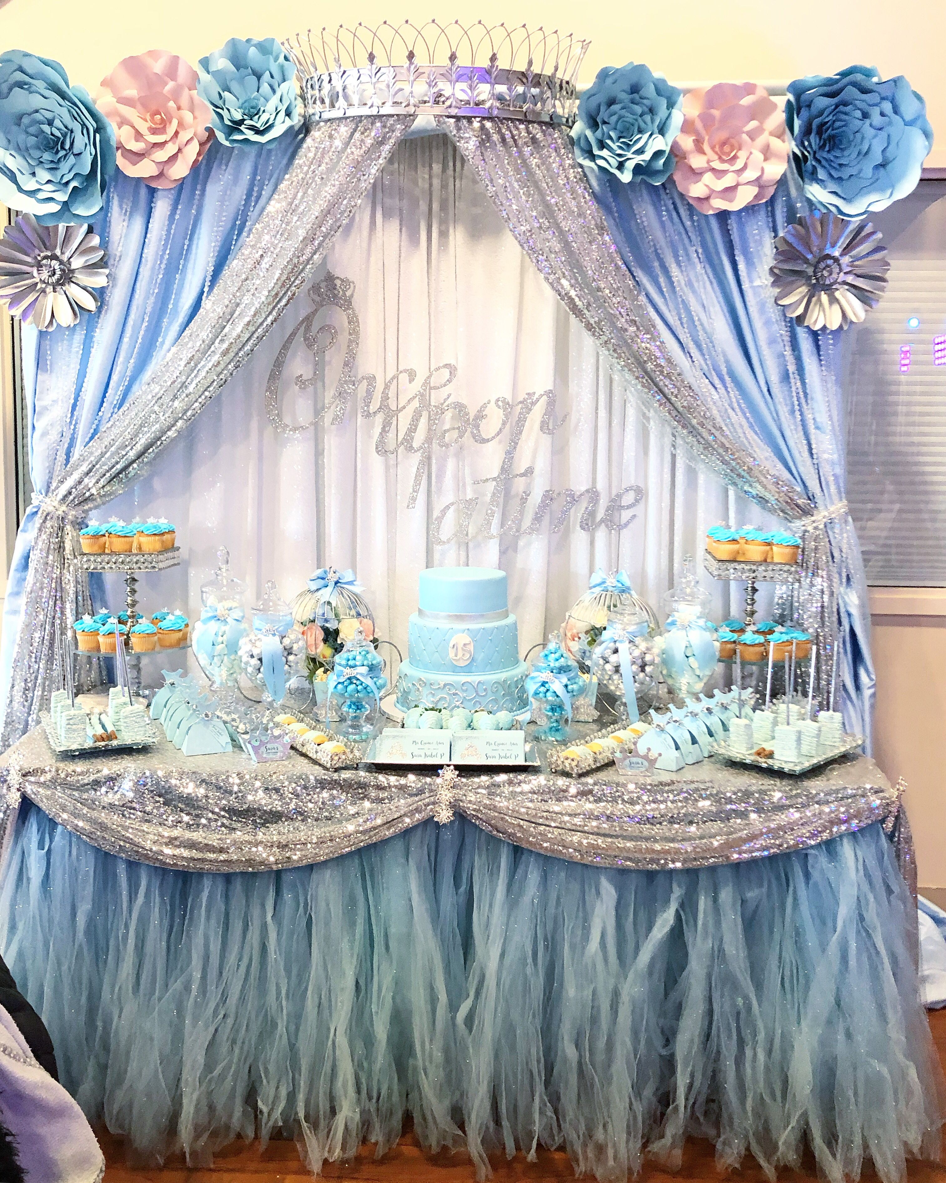 Pin By Creations By Martha On Quinceanera Party Ideas Cinderella Quinceanera Themes Cinderella Birthday Party Cinderella Birthday Party Centerpieces