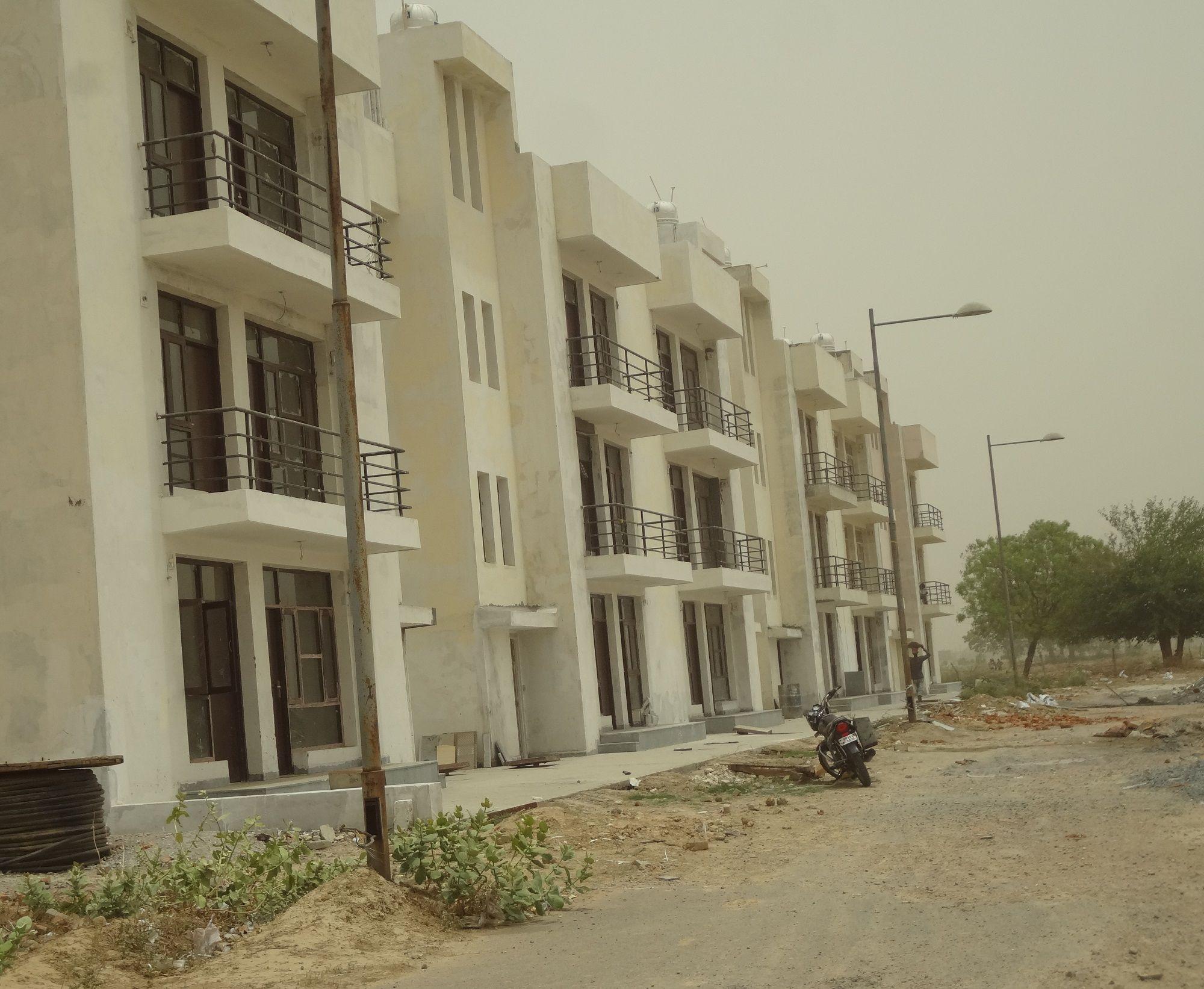 Villas In Greater Noida Amrapali The Hemisphere Villas 9266552222 Noida Free Classifieds In India Classified Ads On Hemisphere Greater Noida Online Ads