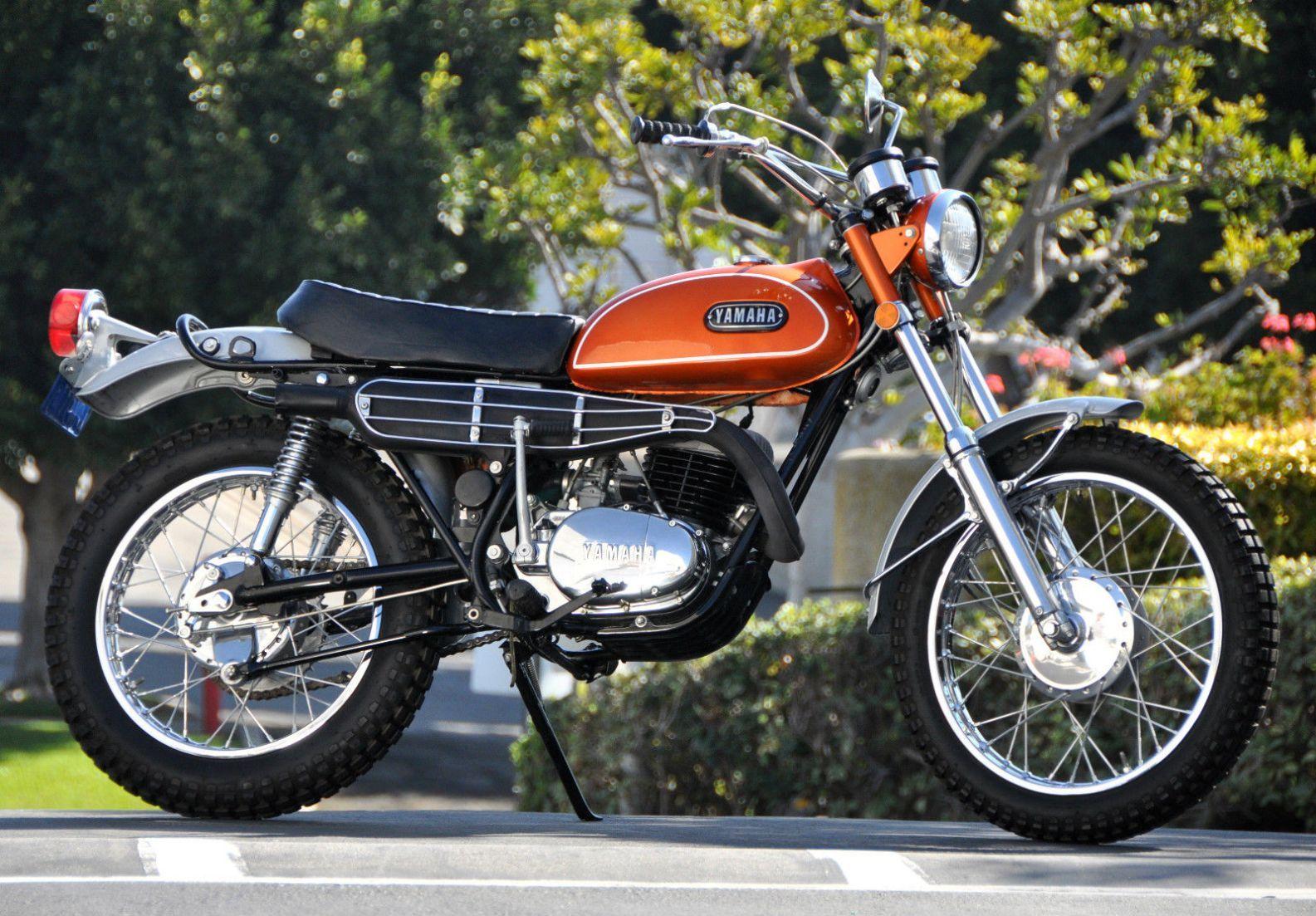 1971 Yamaha Dt 1 250 Yamaha Trail Bike Yamaha Bikes Enduro Motorcycle