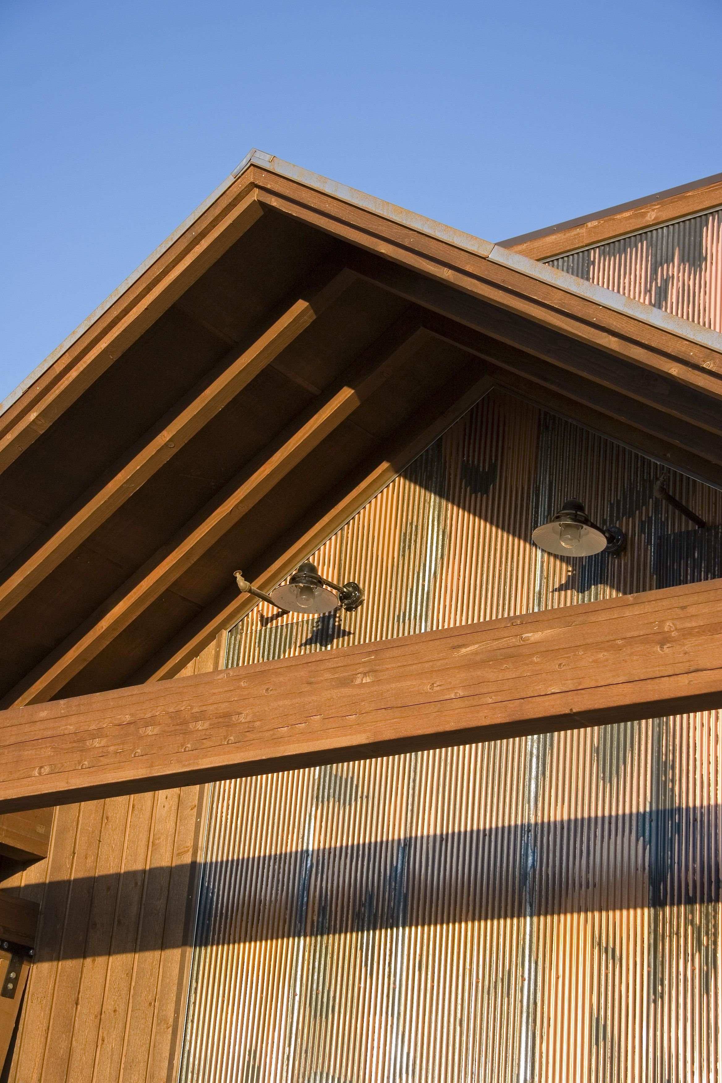 Corrugated Metal As Accent On Exterior Wall Retreat House Metal Roof House Exterior