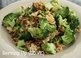 Katherine's Kitchen: Serving Up {Salad}: Crunchy Broccoli Salad