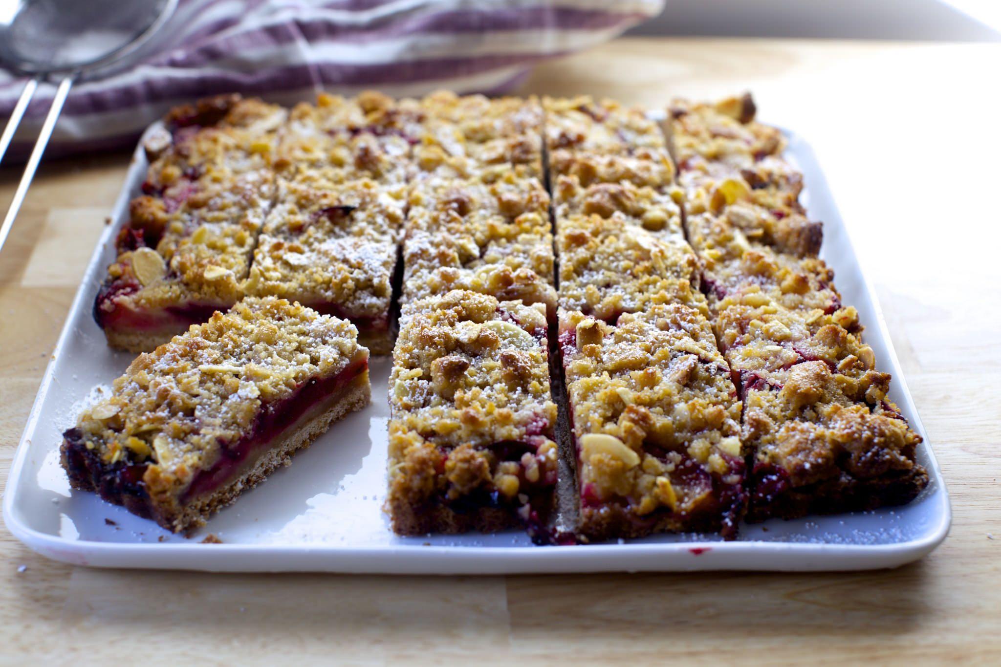 plum squares with marzipan crumble | Fruit Desserts | Pinterest