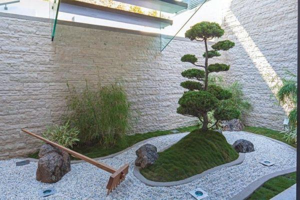 mini jardin japonais au-desssous du0027un escalier paisajes y jardines - mini jardin japonais d interieur