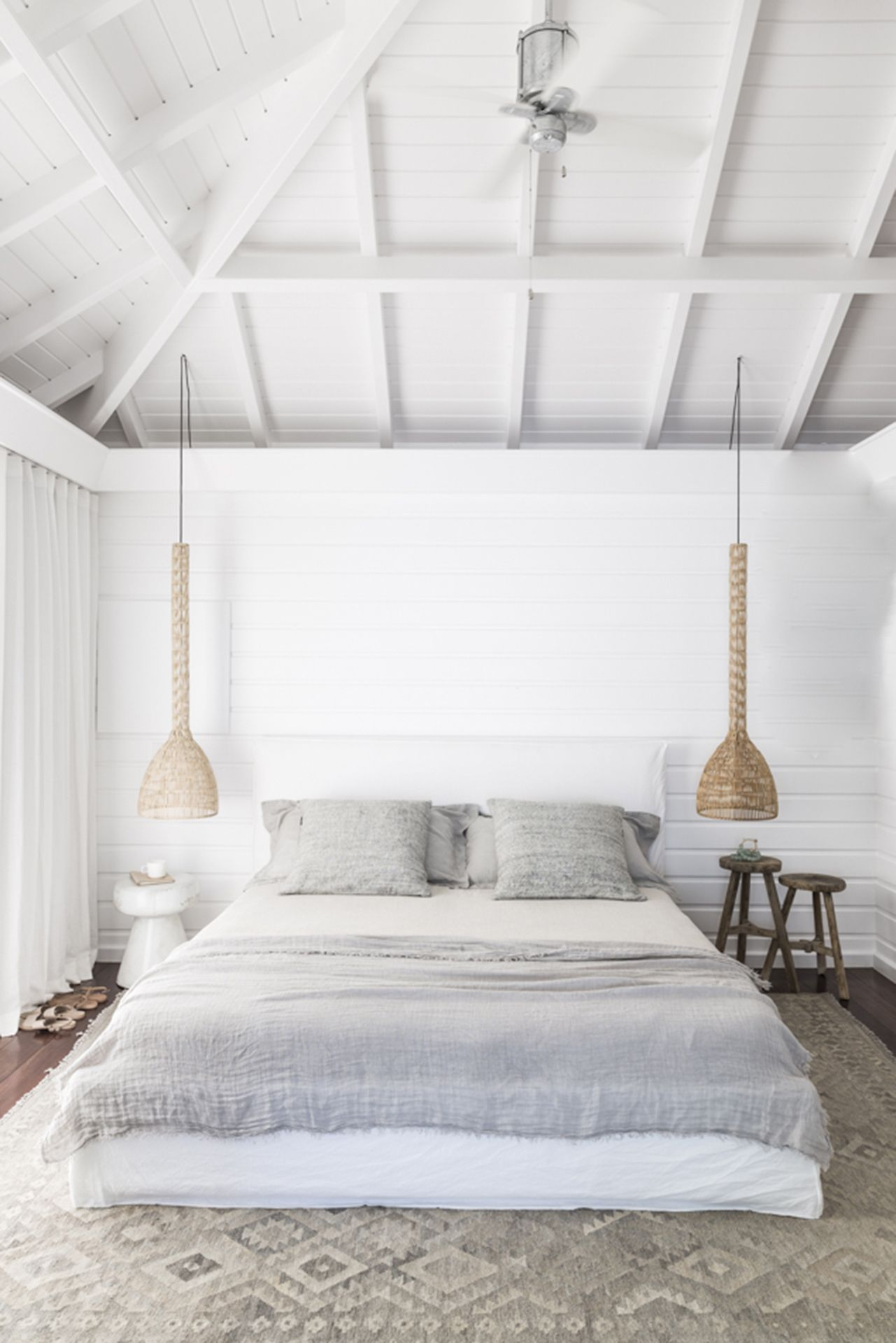 reportage une villa estivale la d coration exotique pinterest tapis berbere berb res et. Black Bedroom Furniture Sets. Home Design Ideas