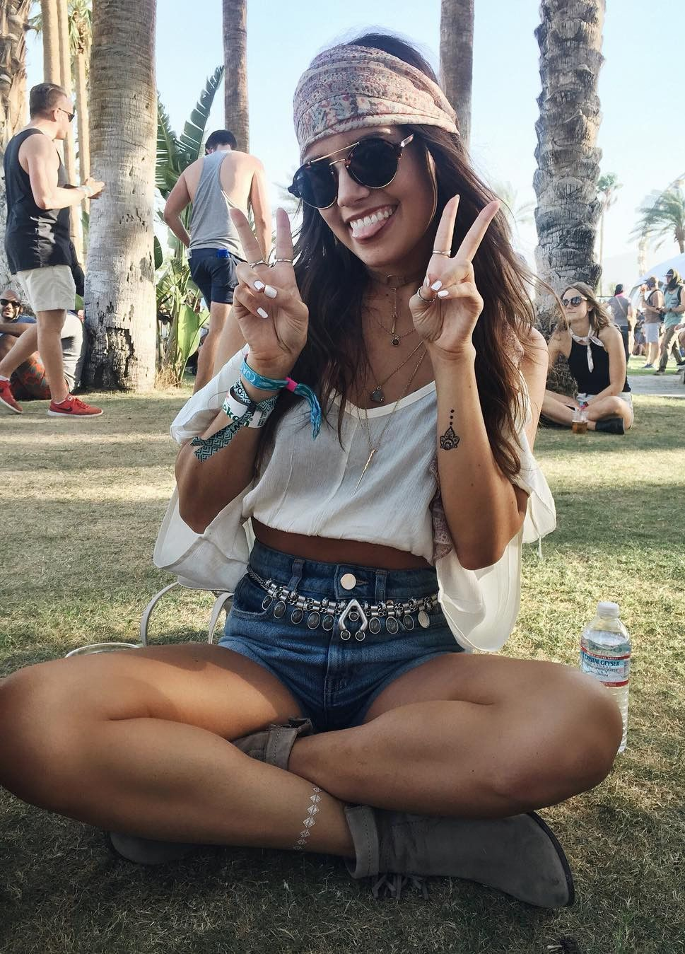 stylish crop top for women in 2019  music festival
