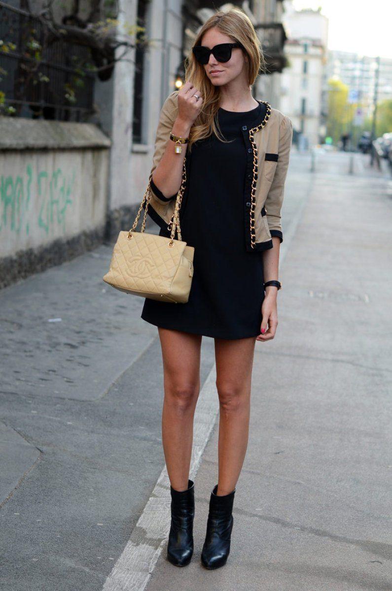 Como combinar un vestido negro corto