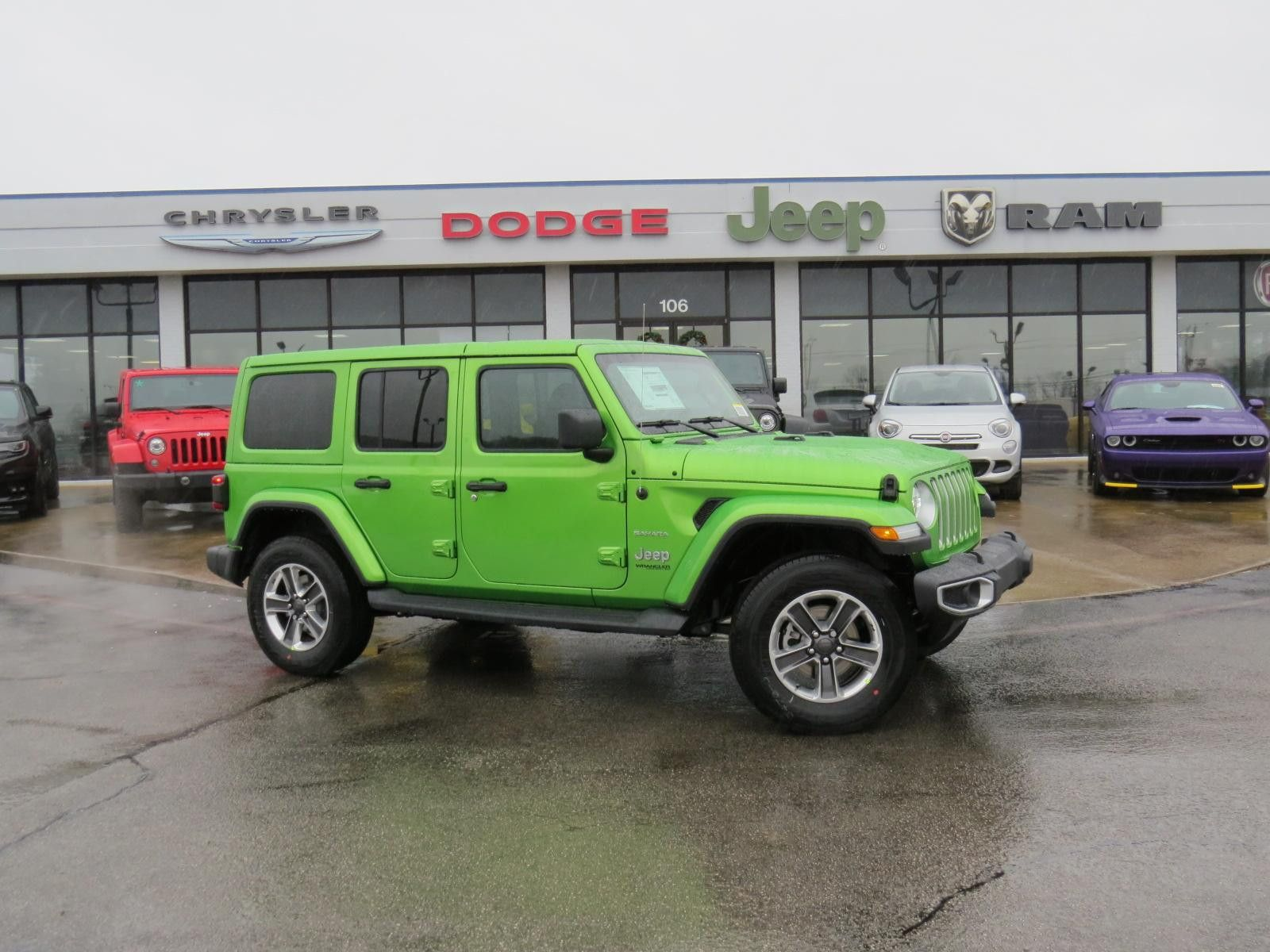 New 2019 JEEP Wrangler Unlimited Sahara Sport Utility for