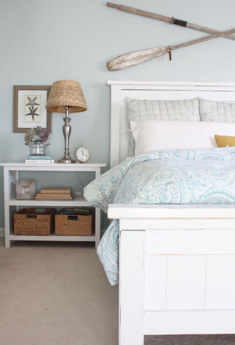 Perfect Coastal Beach Bedroom Decoration Ideas 45