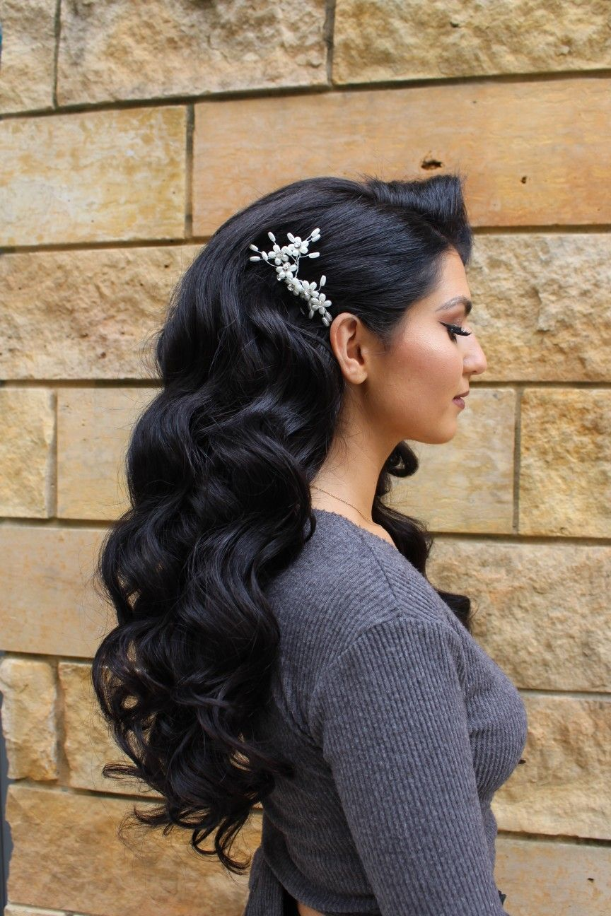 big glam waves for wedding hair with volume and one side
