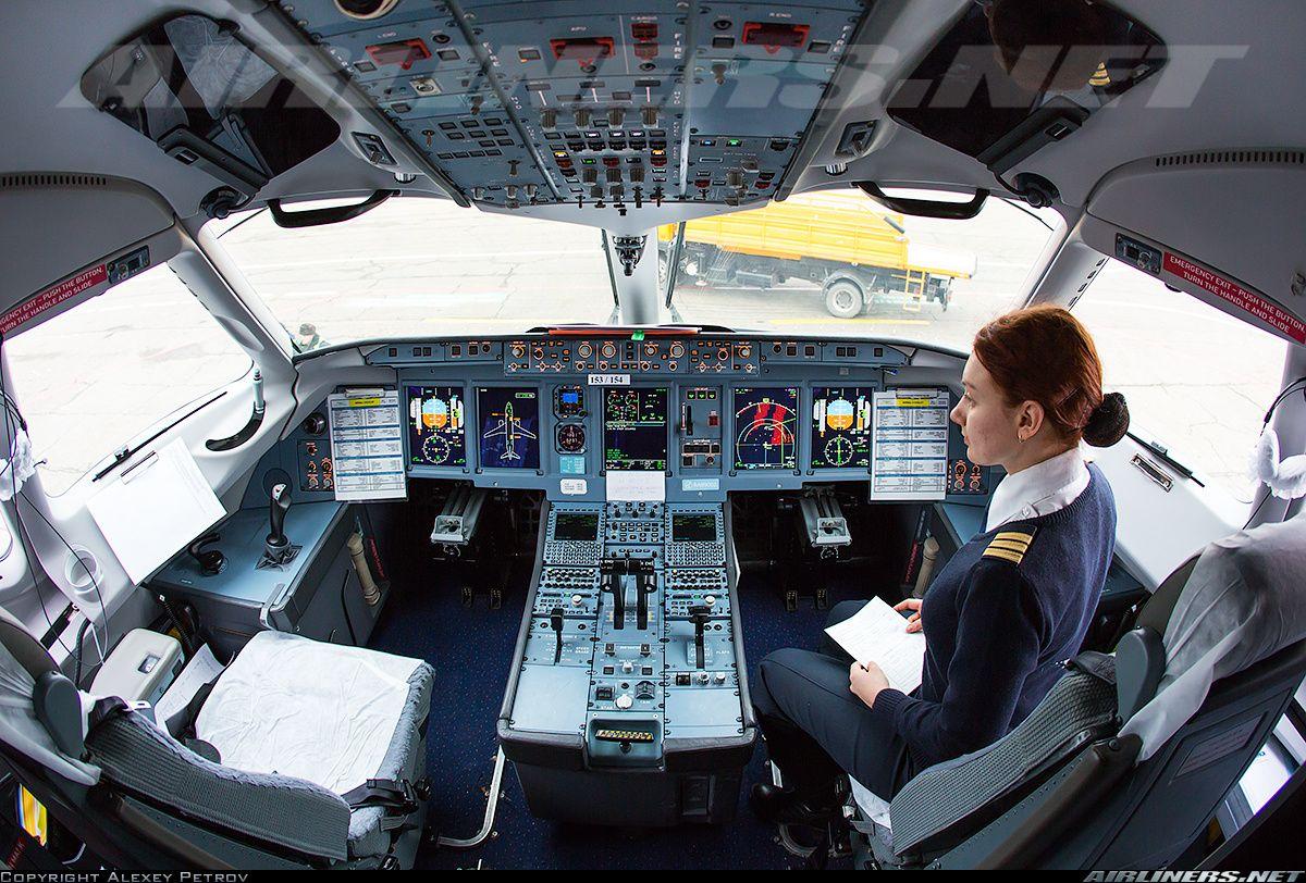 Sukhoi Ssj 100 95b Superjet 100