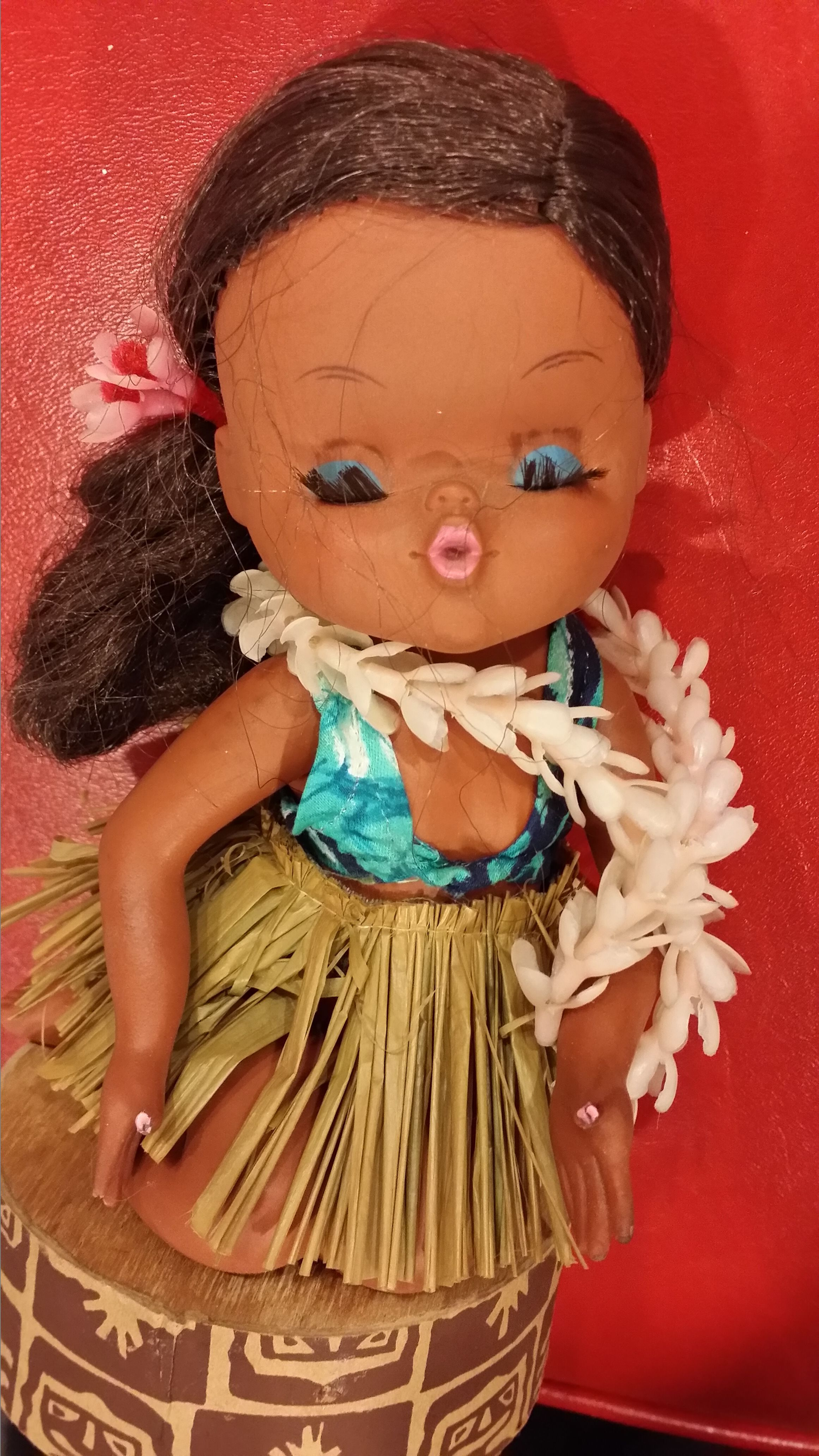 Hula Maiden Revolving Music Box LITTLE BROWN GAL 1977 Lanakila crafts Hawaii with tags kitschy doll souvenir