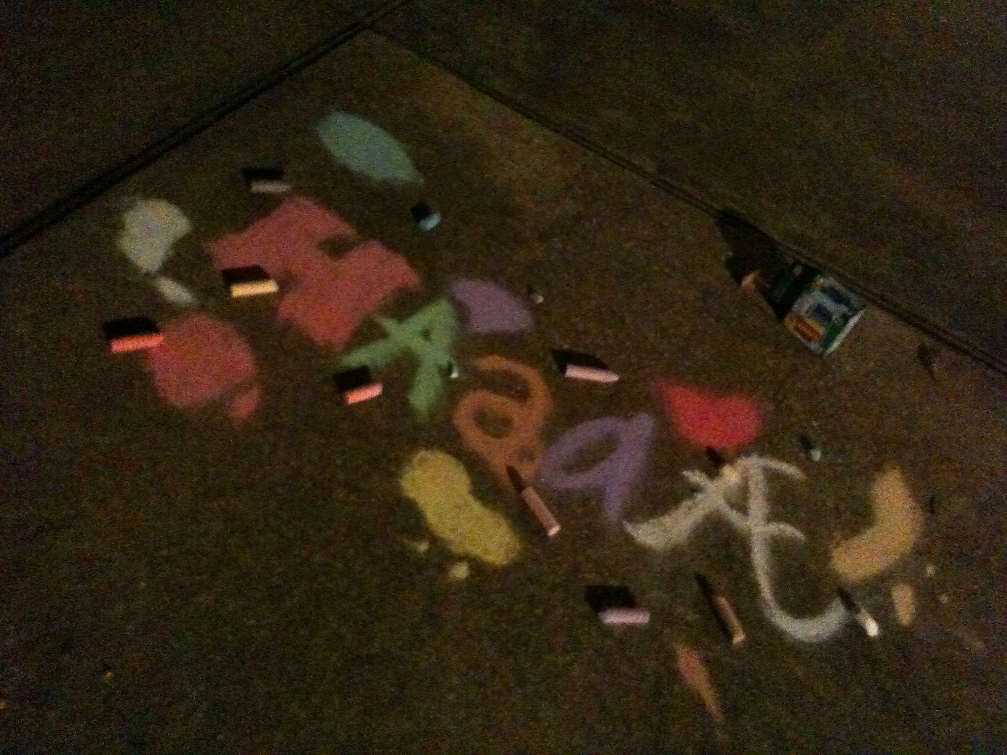 @Estefania (: and I we make inside joke chalk art haaa-sophie