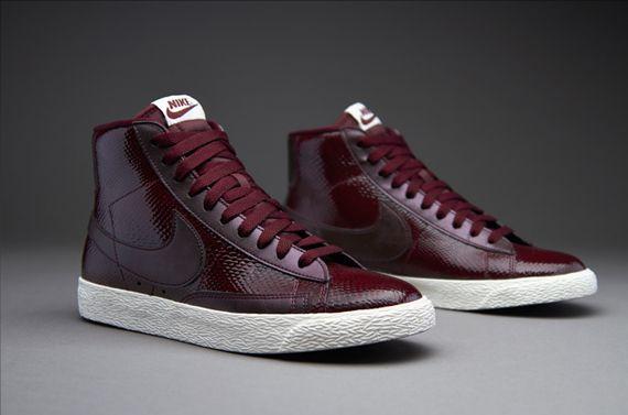 abordable super promos Chaussures Nike Femmes Blazer Chaussures Salut  Bordeaux eastbay à vendre CmCjDrA