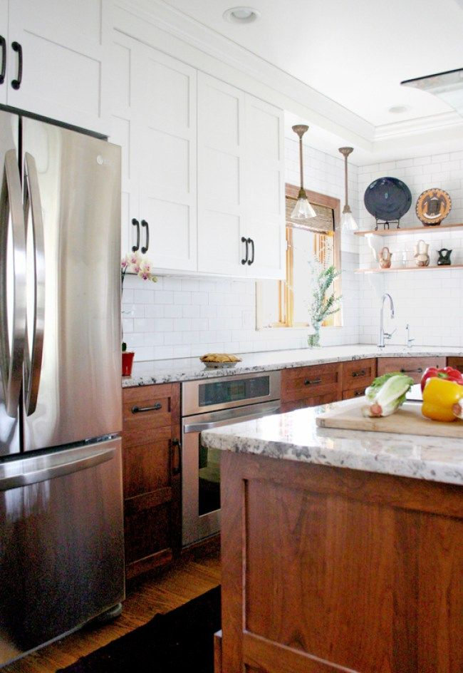 Best Stunning Kitchen Designs With Two Toned Cabinets Stained 640 x 480