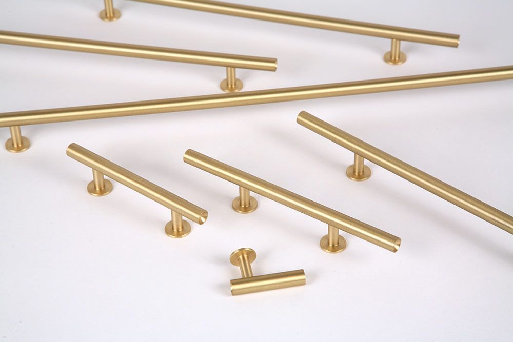 Perfect Lewis Dolin Round Bar Pulls In Brushed Brass
