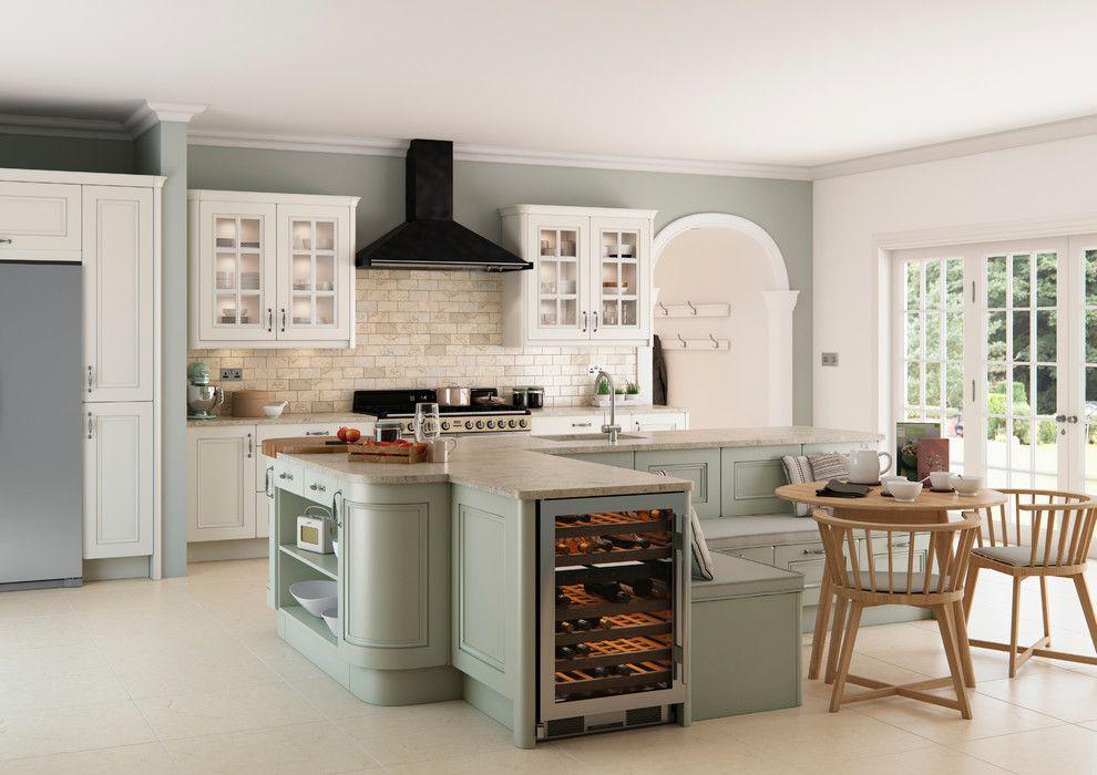 Kitchen/Living Area - Breakfast nook