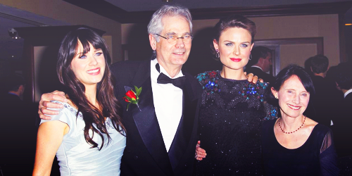 Zooey & Emily Deschanel with their parents | Zooey&Emily ...