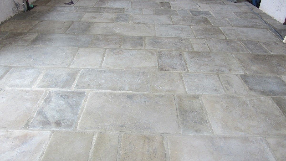 Reclaimed Yorkstone Flags from Ribble Reclamation laid in a ...
