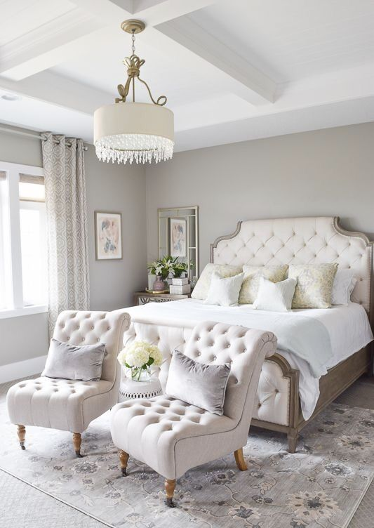 Opulent White Master Bedroom #white #bedroom #masterbedroom