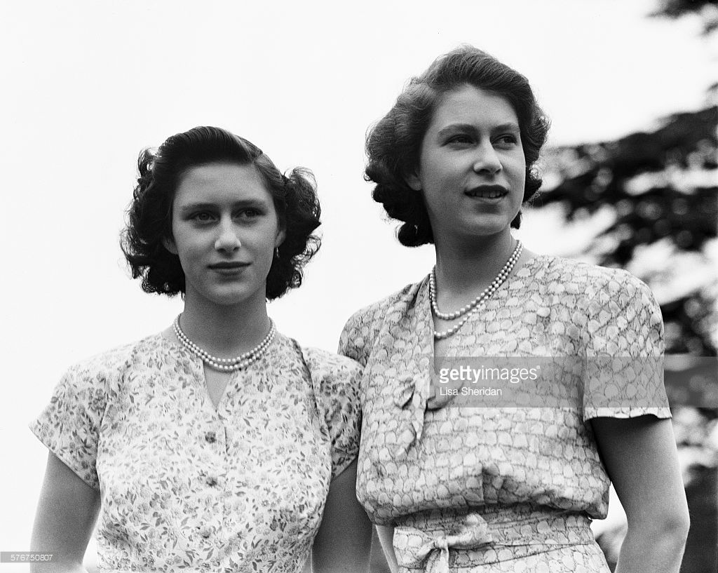 Princess Elizabeth And Her Sister Princess Margaret 1930