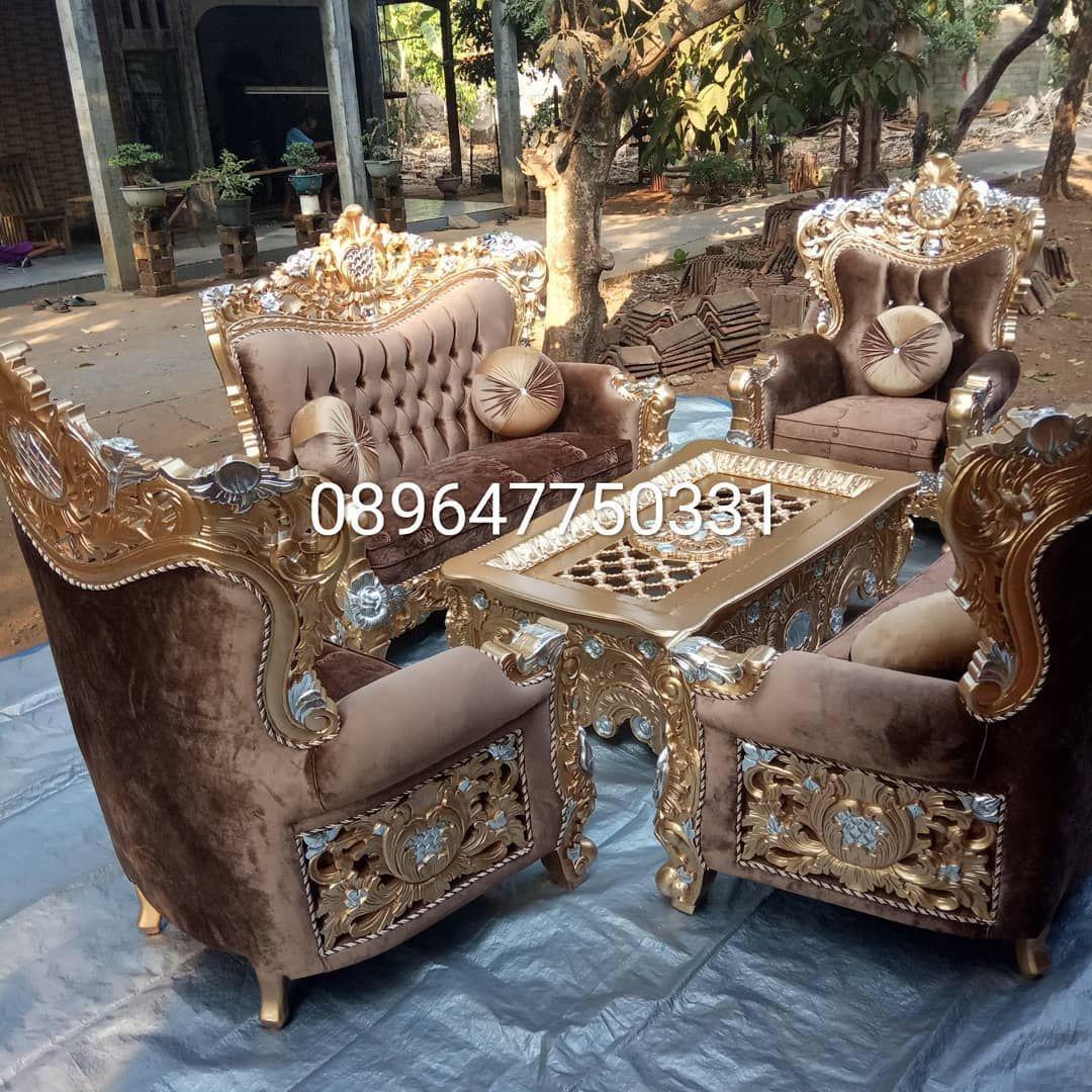 Sofa Mewah Terbaru Sangat Cocok Ruang Tamu Biar Terlihat Elegant Apabila Saudara Ingin Mewujudkan Mimiliki Furniture Keren Elegant Kam Decor Home Decor Home