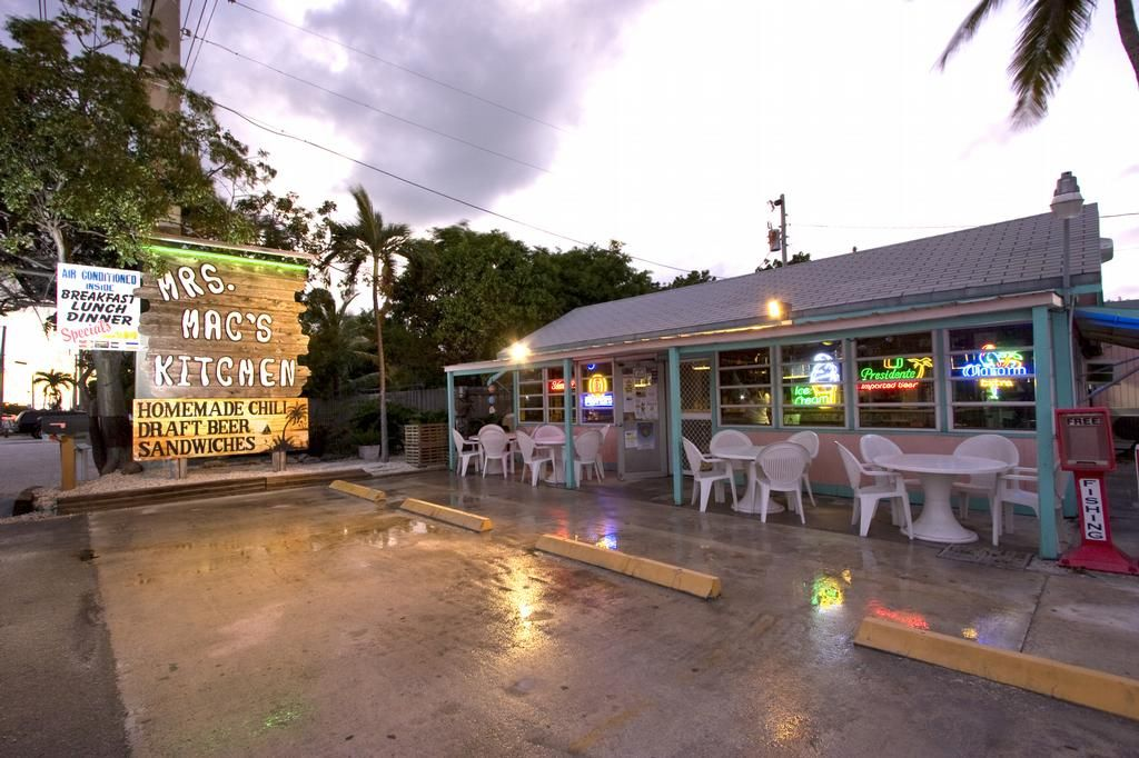 mrs macs kitchen in key largo went twice awesome food and the best key lime pie ever - Mrs Macs Kitchen