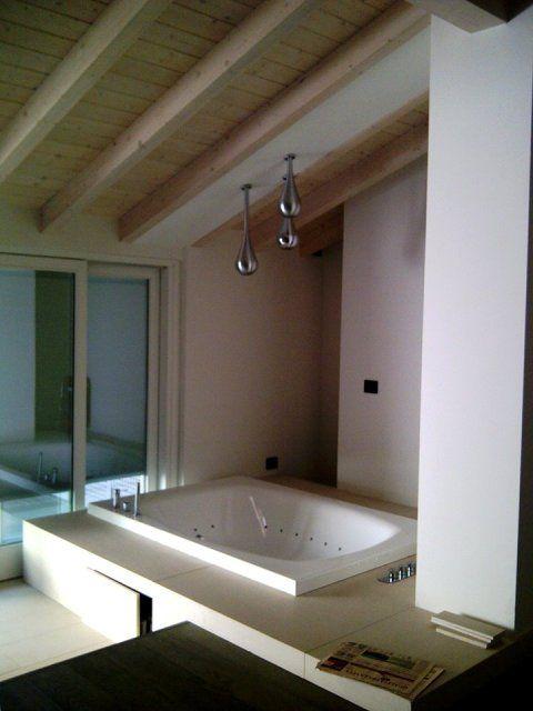 Ristrutturazione sottotetto villa storica - Vasca ...
