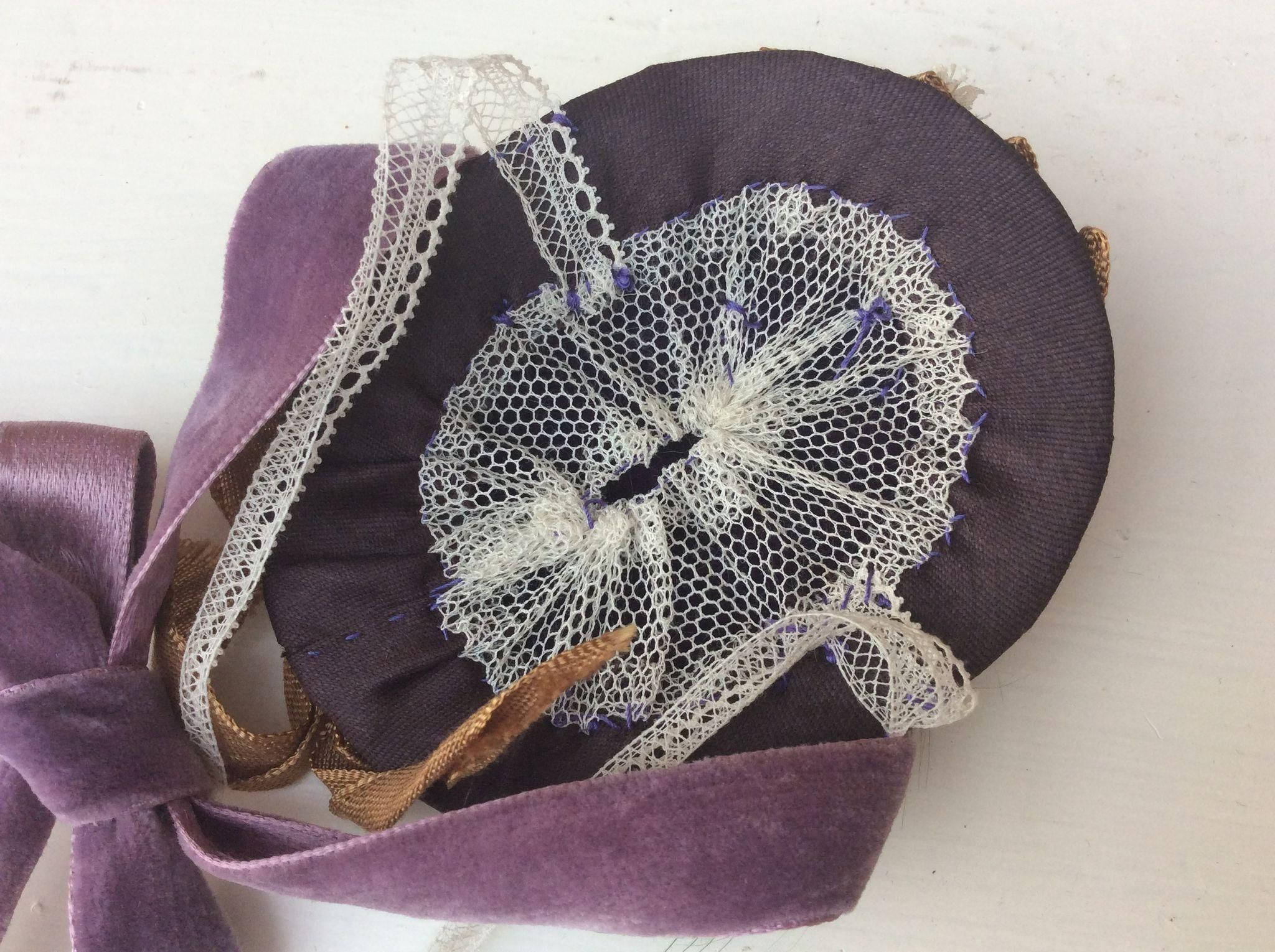 Adorable promenade hat for Huret or French Fashion from fashion-poupees on Ruby Lane