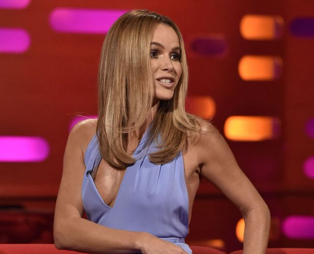 Amanda holden nipple in the mirror 4