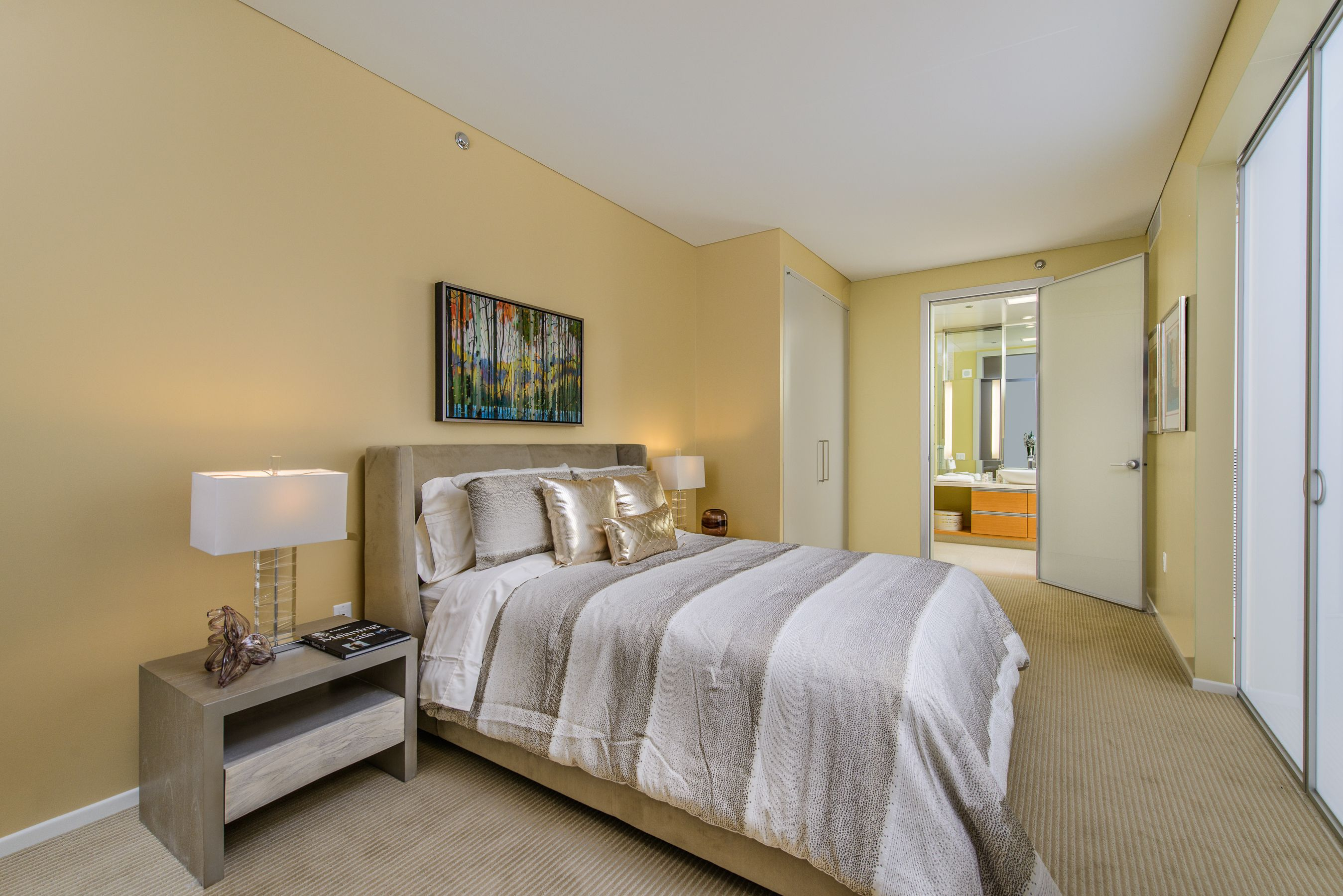 Veer Towers Furnished 1 Bedroom Residence For Sale In The Heart Of Citycenter Lasvegas Realestate Luxurycondos Hi Condos For Sale Luxury Real Estate Condo
