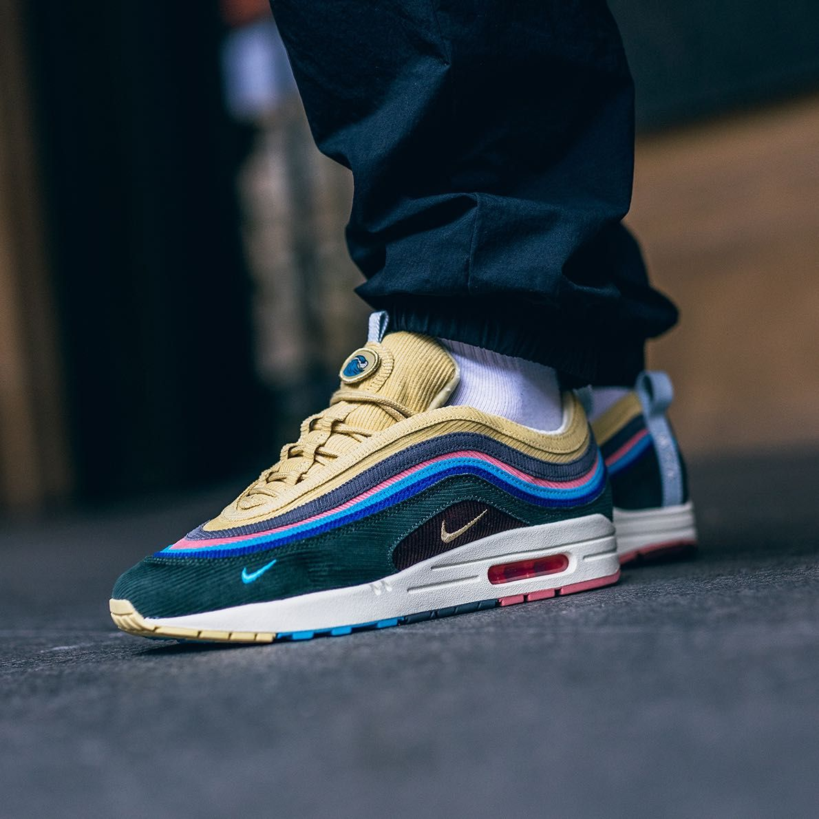 official photos 333ed b98d8 Release Date   March 24, 2018 Nike Air Max 1 97 « Sean Wotherspoon » Credit    43einhalb