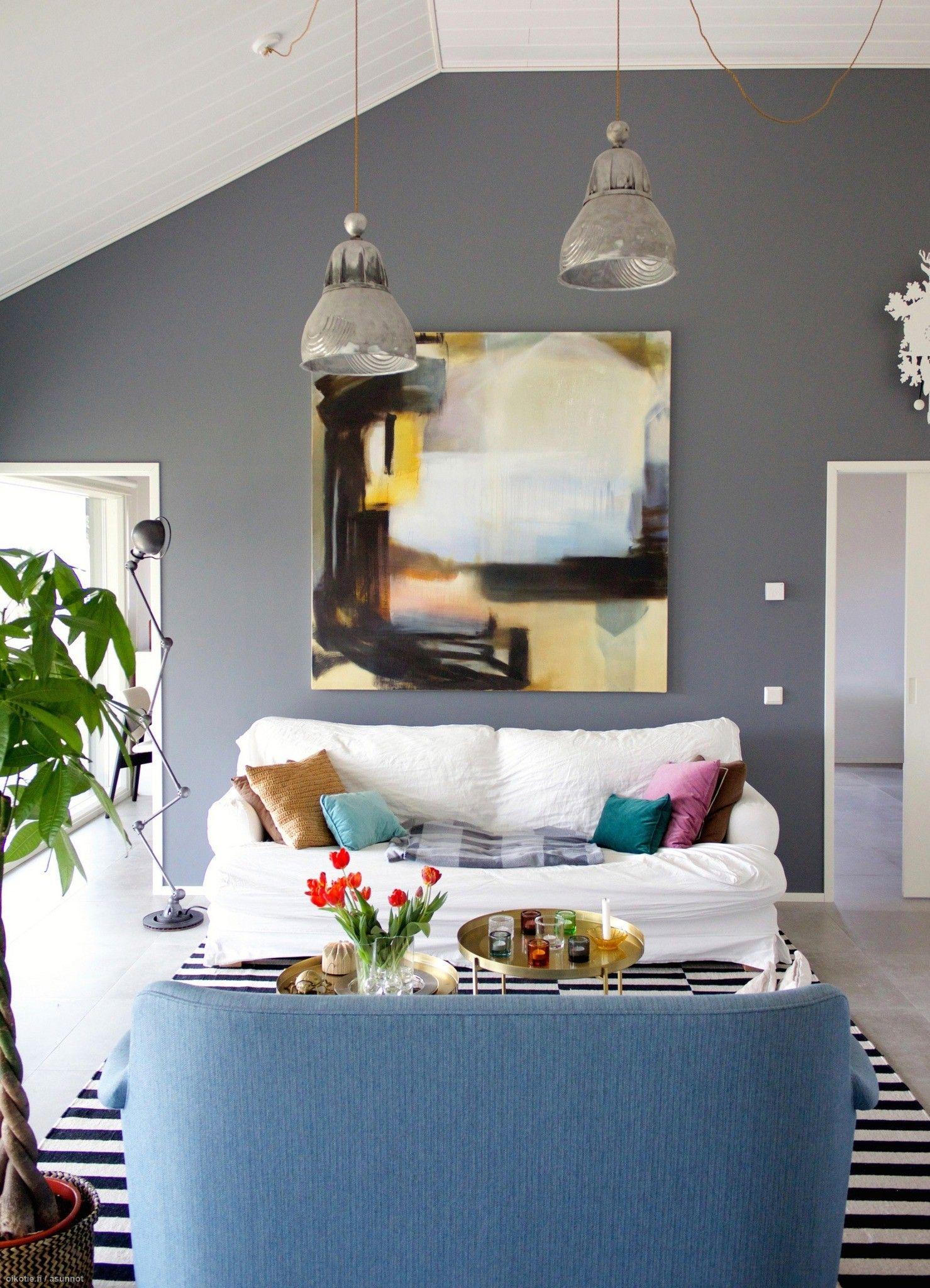 Valoa ja taidetta modernissa kodissa - Oikotie Sisustus | Oikotie Sisustus