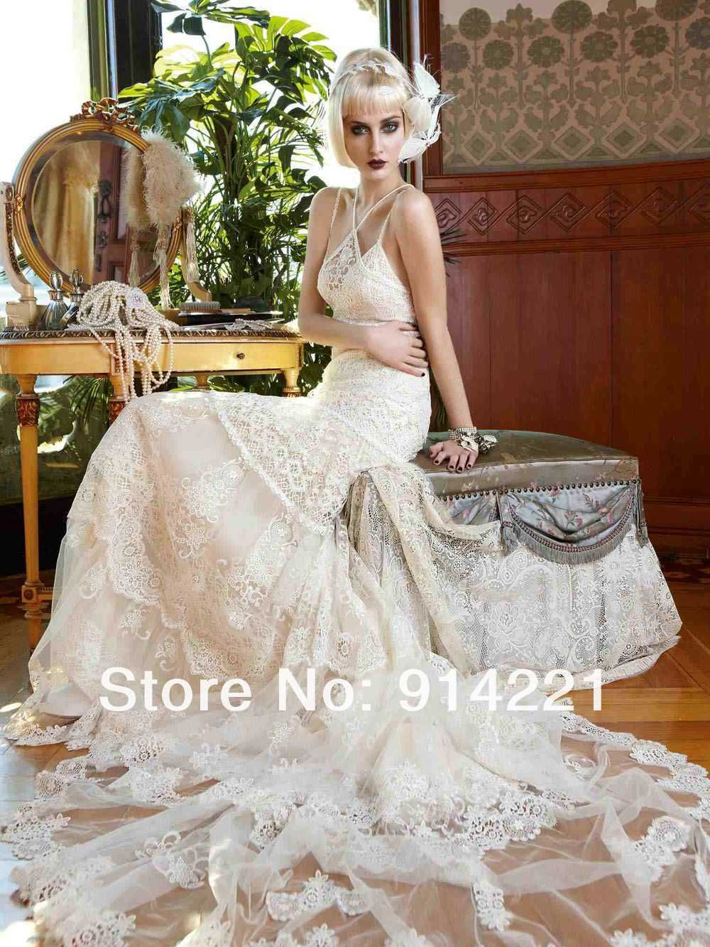 Sexy Lace Bridal Dress Spaghetti Sheath Floor Length 2013 Top Temperament Wedding Dresses WC521-in Wedding Dresses from Apparel & Accessorie...AMAZING!