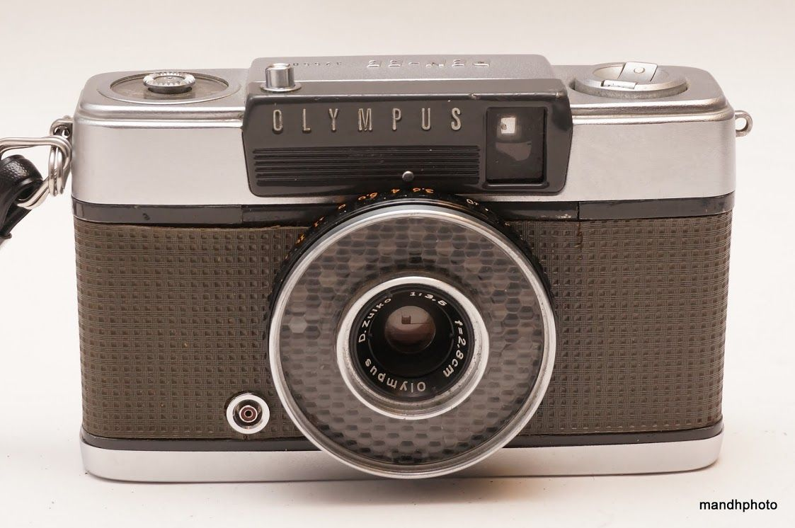 Olympus Pen Ee 35mm Half Frame Camera 1st Version 2 8cm F3 5 Zuiko Lens Olympus Pen Vintage Cameras Camera