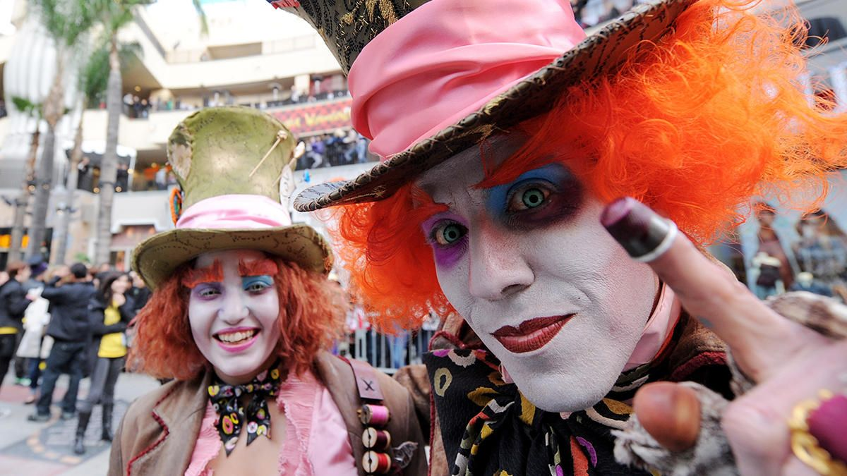 San Diego County Fair Goes Mad Mad hatter halloween