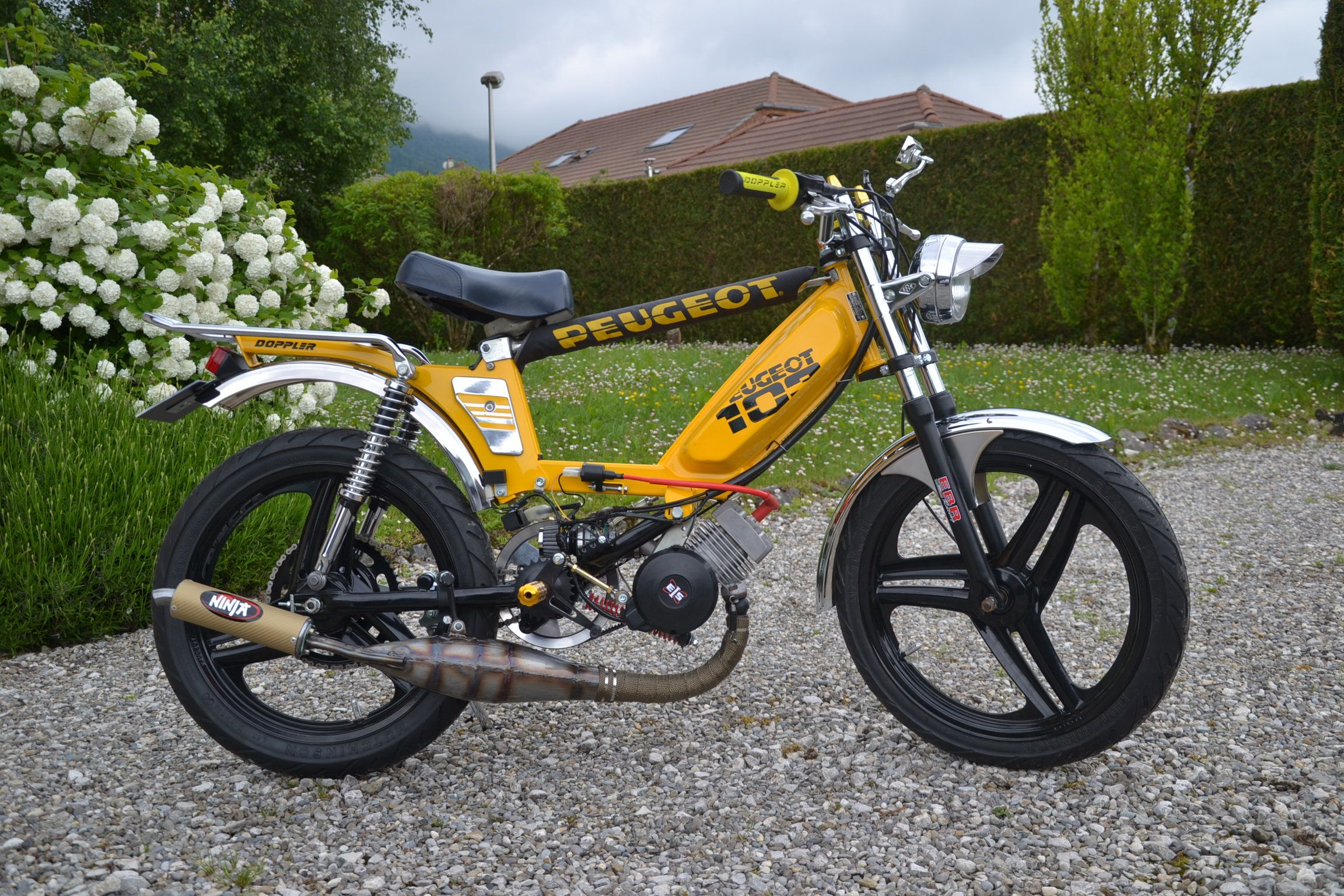 moped peugeot 103 mobylette doppler ninja polini mopedarmy mobylette pinterest. Black Bedroom Furniture Sets. Home Design Ideas