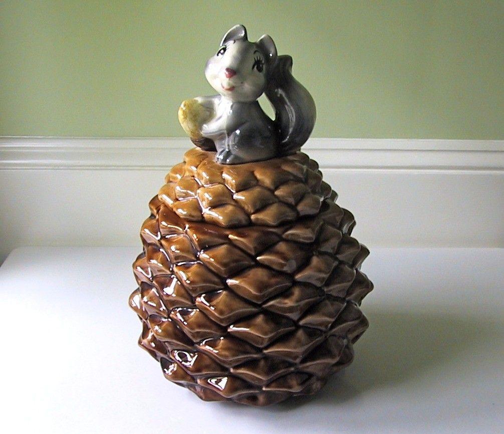 Mccoys Christmas Trees: Vintage Metlox Squirrel On Pine Cone Cookie Jar...very