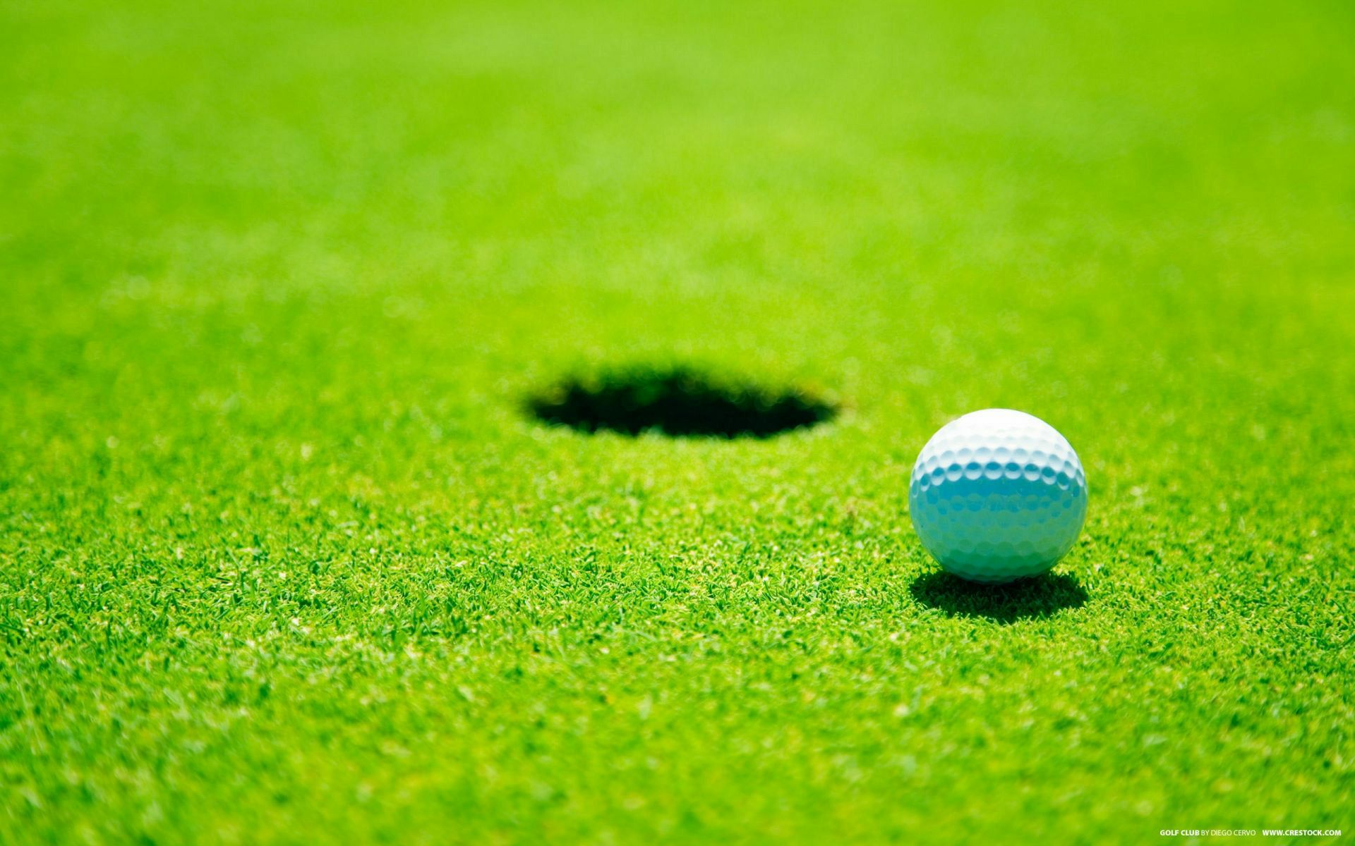 Pin By Fix My Computer Dude On Green Color Wallpapers For Desktops That Can Protect Your Eyes Golf Pictures Golf Ball Golf Courses