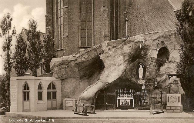 Lourdesgrotten in Nederland - Berkel
