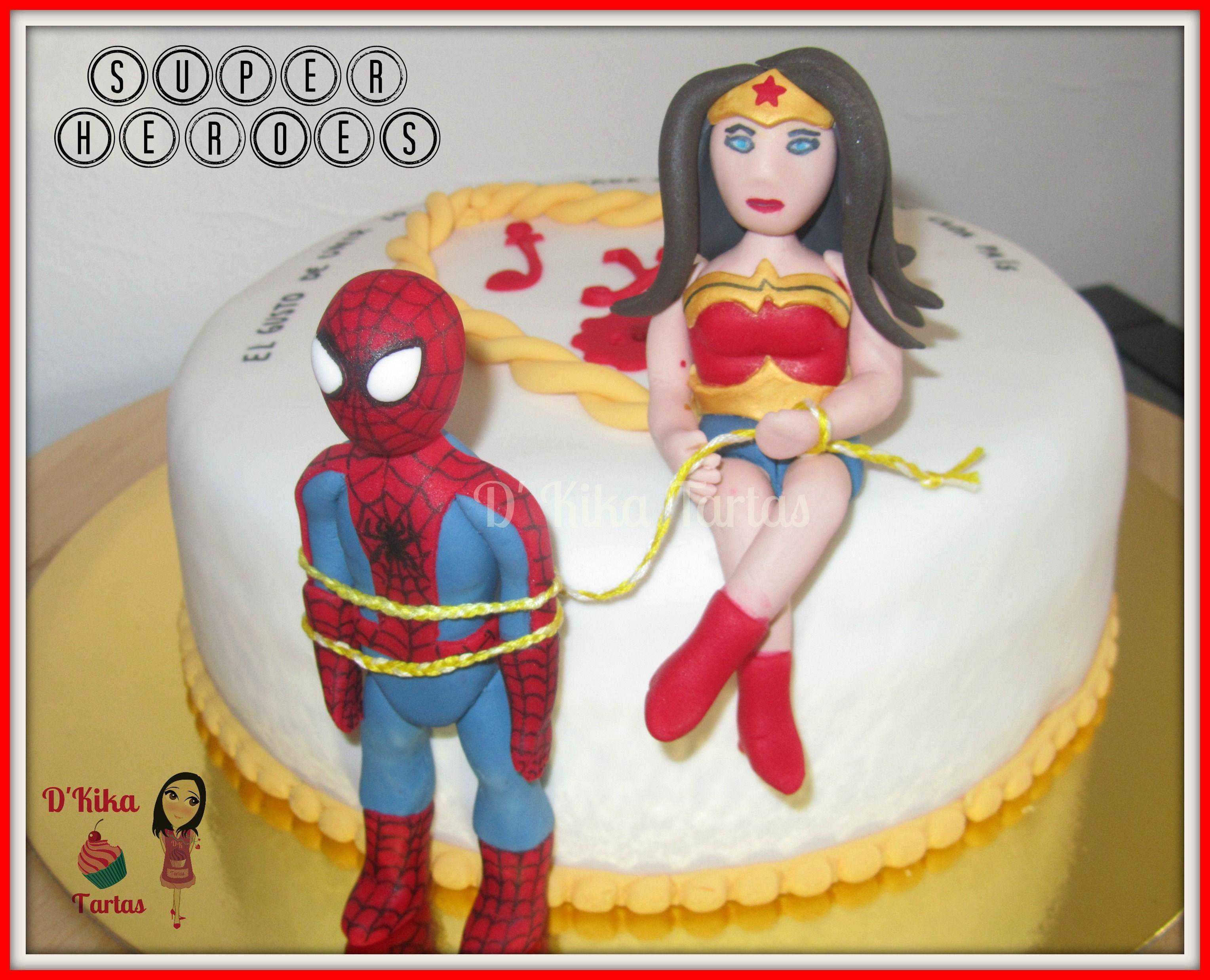 Tarta hombre ara a y mujer maravilla spiderman and wonder woman cake