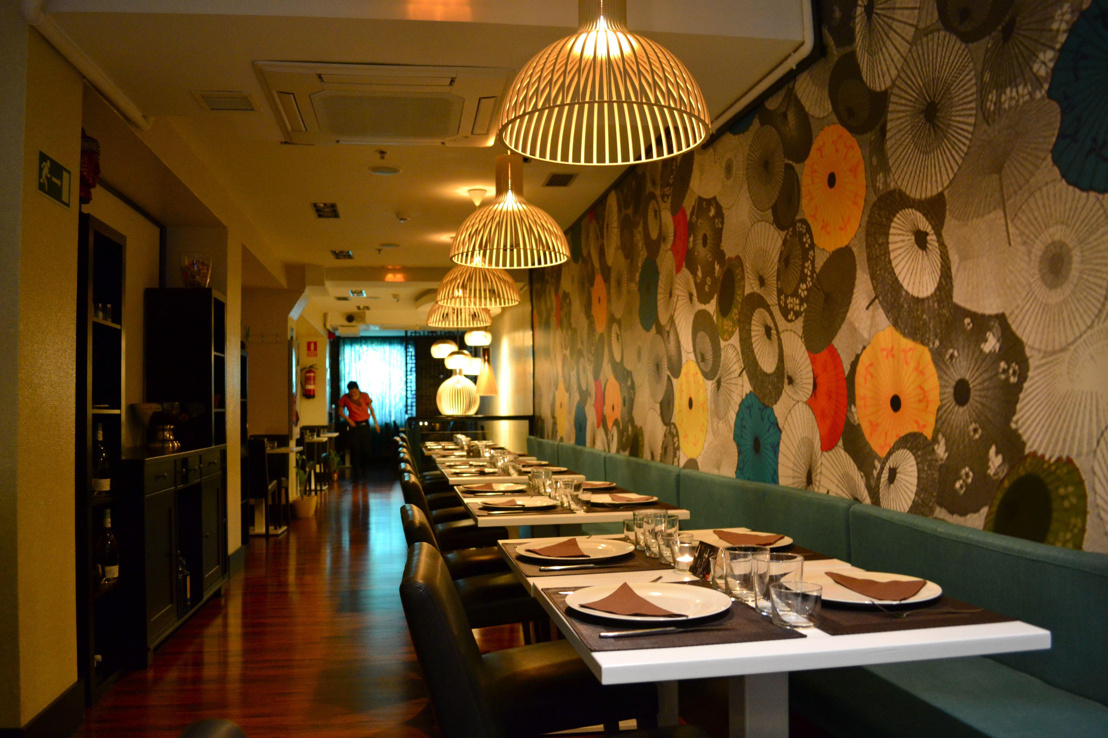 Restaurant Wall Ideas