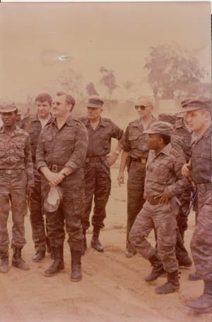 Soviets and Angolans in Angola. World Conflicts 9f2a4e2612c97