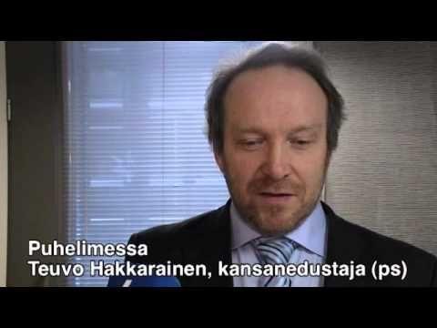 """Teuvo Hakkaraisen korkki aukesi taas - """"Tulen aina viinasta humalaan"""""""