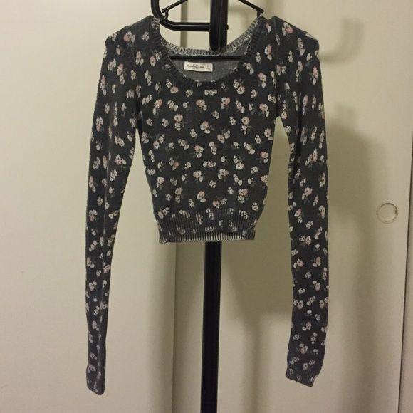 Abercrombie & Fitch crop sweater Crop sweater. In a good condition. Abercrombie & Fitch Sweaters