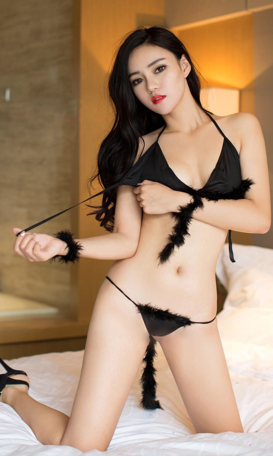 half naked chinese girl