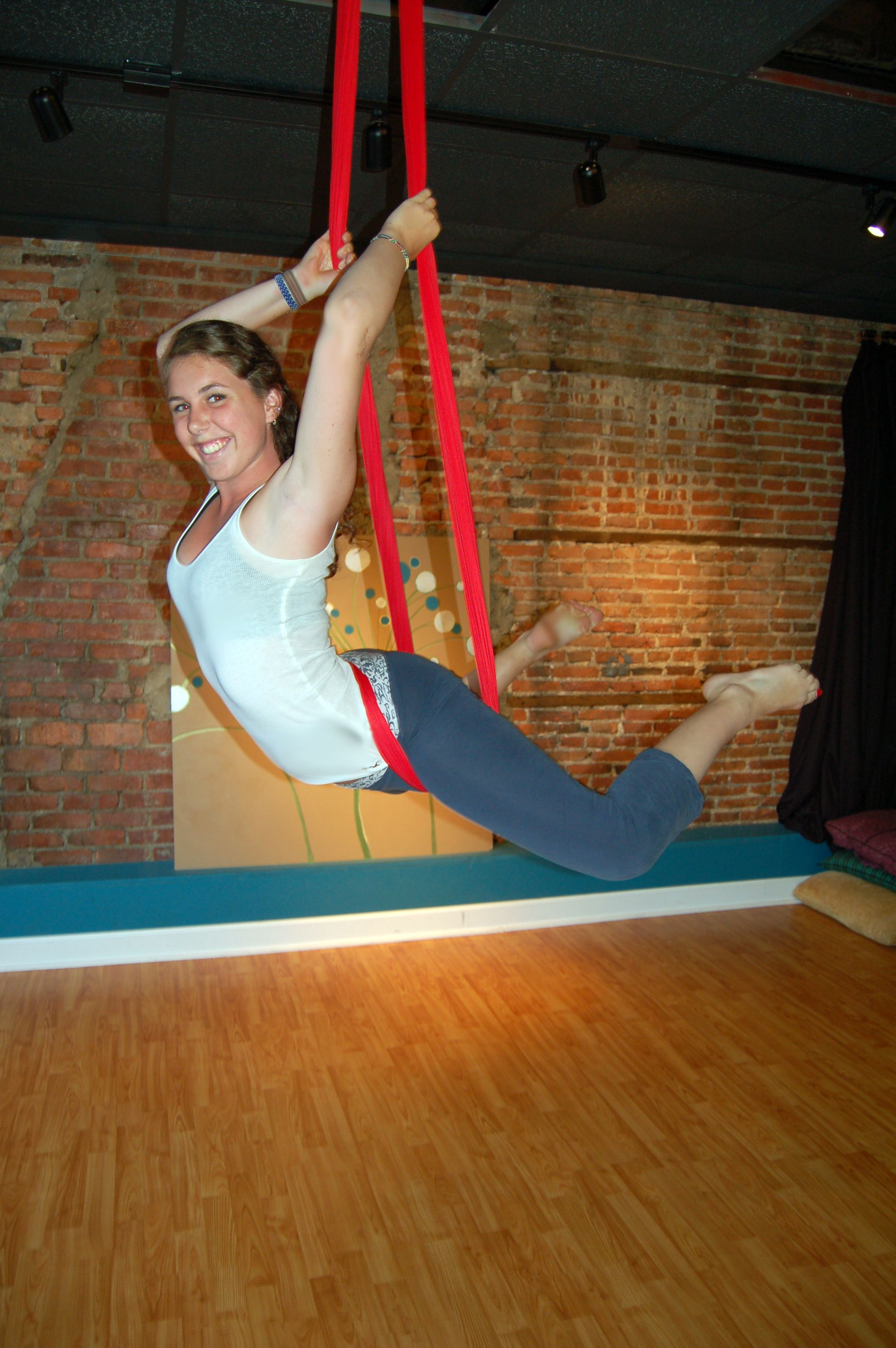 Aerial Sling Aerial Hammock Moves About To Do A Drop From The Diaper Wrap Aerial Yoga Aerial Fitness Aerial Silks