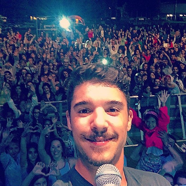 #MorenoMc Moreno Mc: Questa sera nello stadio comunale di #Chiasso (Svizzera) #ProgettoAmore2015 #MiniLive #Selfie #Incredibile #GrazieATutti