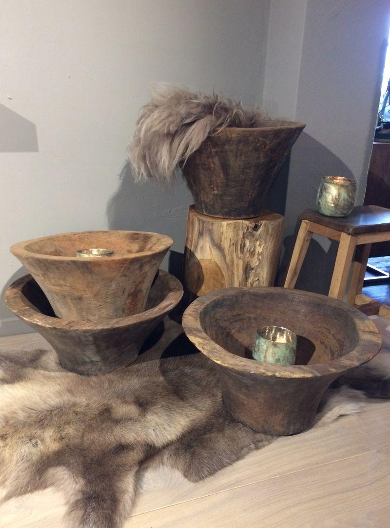 mooie houten schalen met een unieke vorm hout interieur accessoires