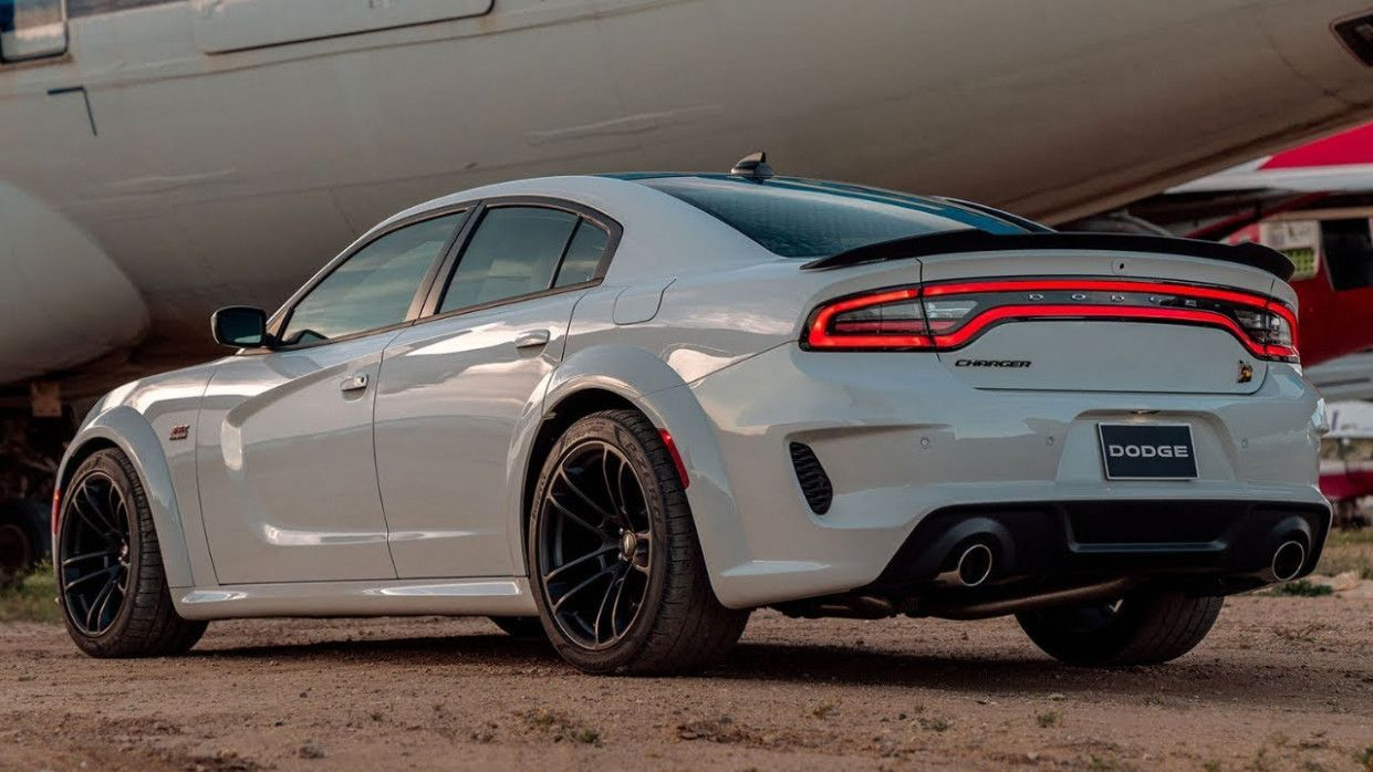 2020 Dodge Charger Scat Pack Price And Review In 2020 Dodge Charger Hellcat Scat Pack Dodge Charger