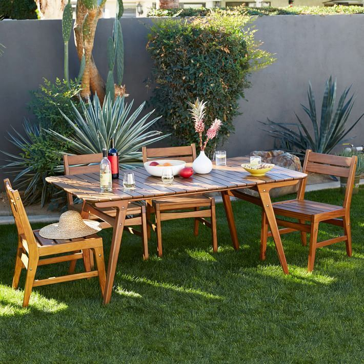 10 Outdoor Dining Spaces That Double As Relaxing Retreats With